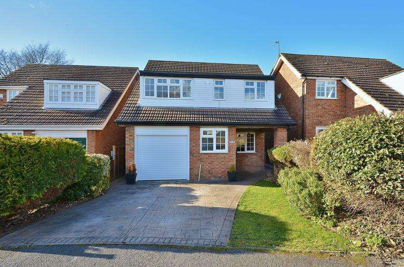 4 Bedrooms Detached House for sale in Ludlow Drive, Thame