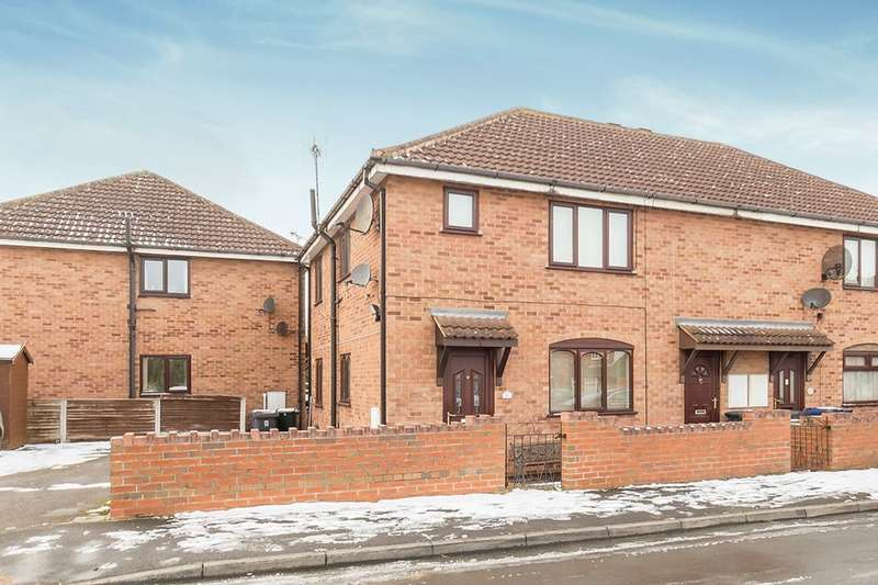 1 Bedroom Flat for sale in Churchfield Close, Doncaster, Bentley, DN5