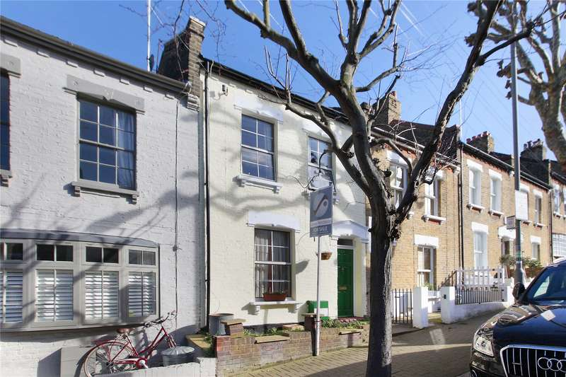 3 Bedrooms Terraced House for sale in Bramford Road, Wandsworth, London, SW18
