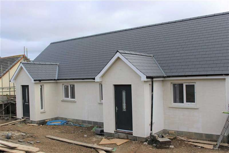 2 Bedrooms Property for sale in Grove Street, Pennar, Pembroke Dock