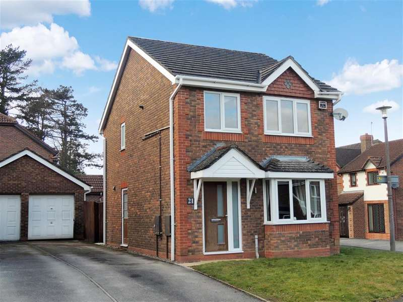 3 Bedrooms Detached House for sale in Barton Drive, Knowle, Solihull, B93 0PE