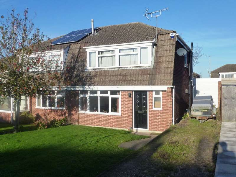 3 Bedrooms Semi Detached House for rent in Ferrers Close, Castle Donington