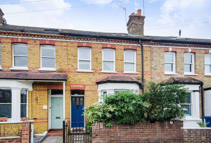 3 Bedrooms House for sale in St Margarets Road, Ealing, W7