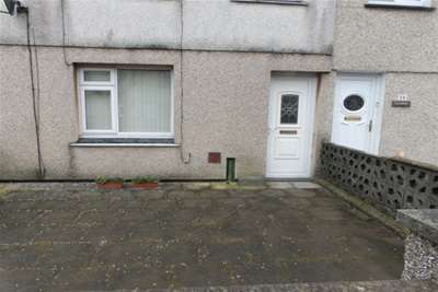 3 Bedrooms House for rent in Fordd Y Maer , Pwllheli , Gwynedd .
