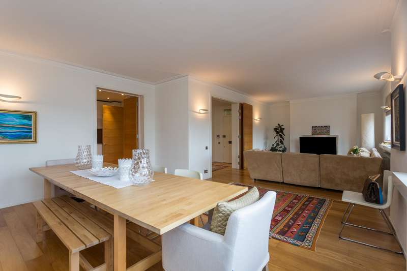4 Bedrooms Flat for sale in Lampard House, 8 Maida Avenue