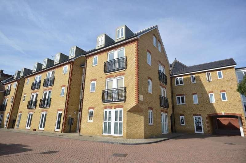 3 Bedrooms Duplex Flat for sale in Quest Place, Maldon, Essex, CM9
