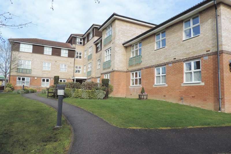 1 Bedroom Retirement Property for sale in Seabrook Court, Station Close, Potters Bar EN6