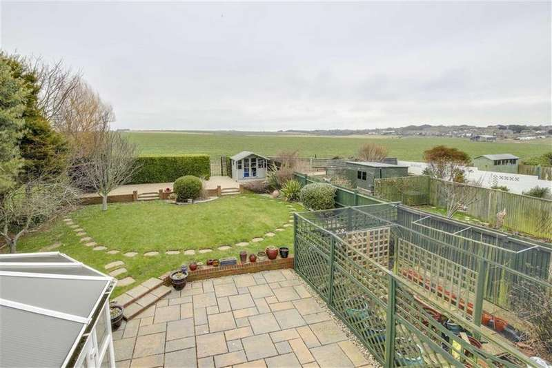 3 Bedrooms Chalet House for sale in Springfield Avenue, Telscombe Cliffs