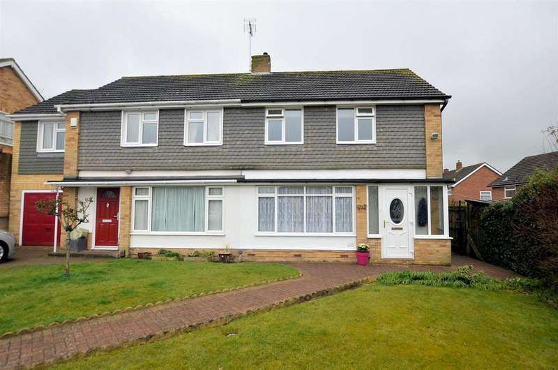 2 Bedrooms Semi Detached House for sale in Wootton Close, Tilehurst, Reading