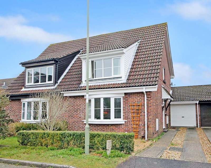 3 Bedrooms Semi Detached House for sale in Verger Close, Titchfield Common PO14