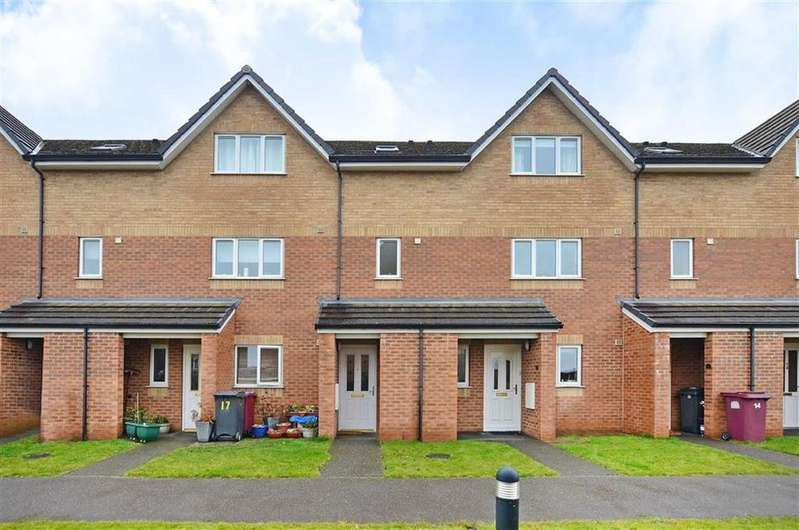 3 Bedrooms Duplex Flat for sale in 16, Glen Vale, Dronfield Woodhouse, Dronfield, Derbyshire, S18