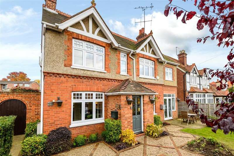 4 Bedrooms Detached House for rent in Victoria Road, Wargrave, Reading, Berkshire, RG10