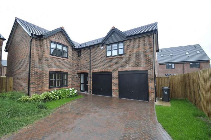 5 Bedrooms Detached House for sale in Blackthorn Road, Hazel Grove