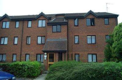 Apartment Flat for rent in Parsonage Road, Grays
