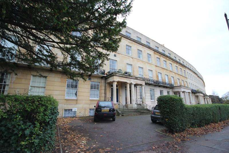1 Bedroom Apartment Flat for sale in Flat 2 16 Lansdown Crescent Cheltenham