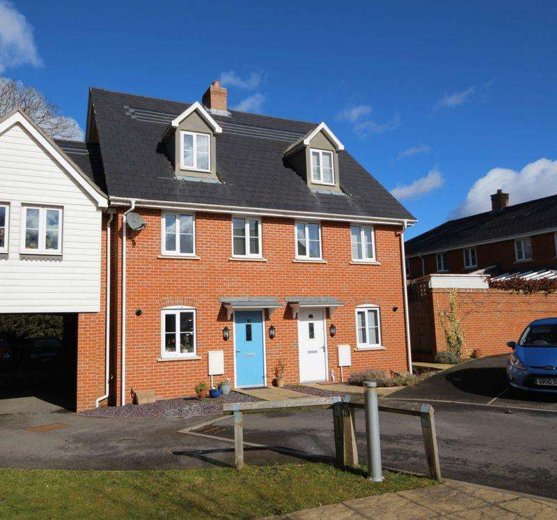 3 Bedrooms Terraced House for sale in Cedar Avenue, Haywards Heath