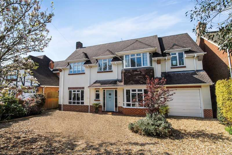 4 Bedrooms Detached House for rent in Huntly Road, Bournemouth