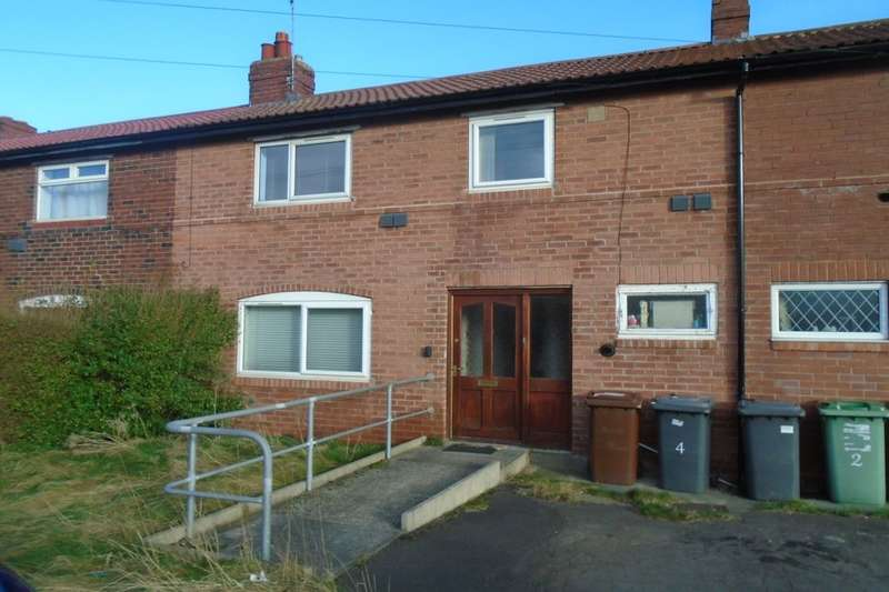 3 Bedrooms Terraced House for sale in First Avenue, Rothwell, Leeds, LS26