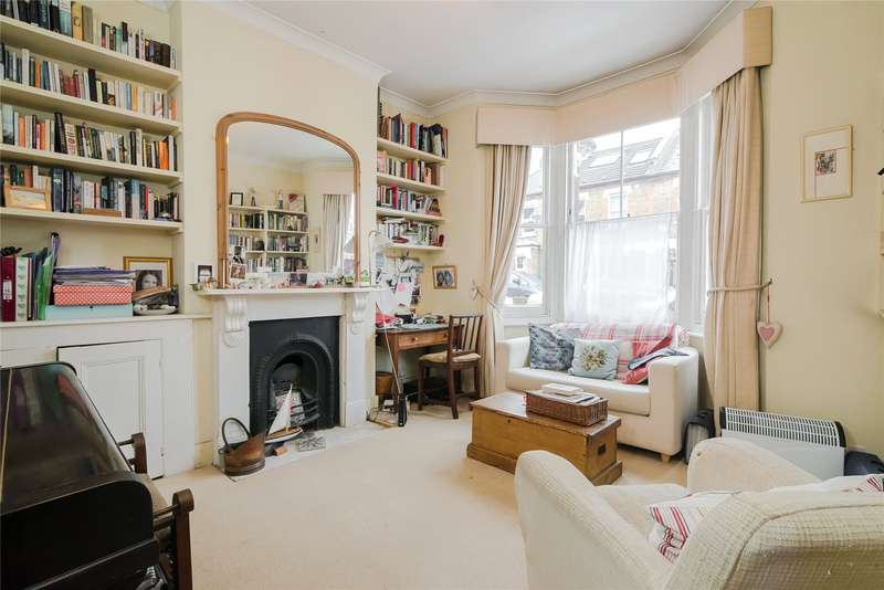 3 Bedrooms Terraced House for sale in Brathway Road, Southfields, London, SW18