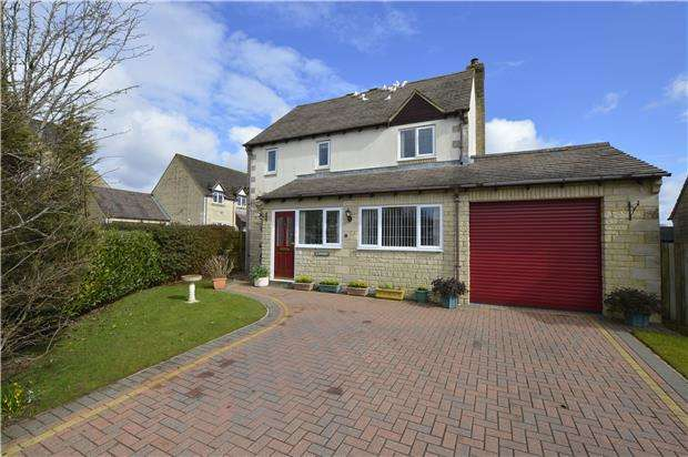 3 Bedrooms Detached House for sale in Stonecote Ridge, Bussage, Gloucestershire, GL6 8JY