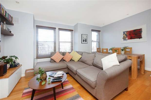 4 Bedrooms Flat for sale in Athenlay Road, Nunhead