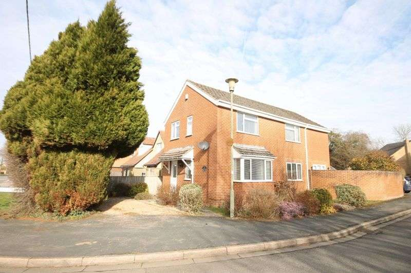 4 Bedrooms Property for sale in Meadow View, Kidlington