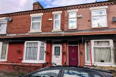 6 Bedrooms Terraced House for rent in Haydn Avenue, Rusholme, M14
