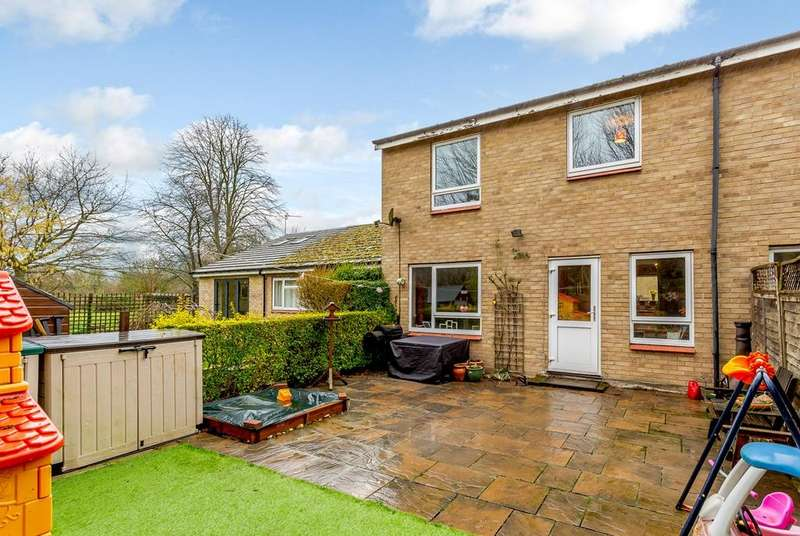 2 Bedrooms End Of Terrace House for sale in Blenheim Close, SHEPRETH, SG8