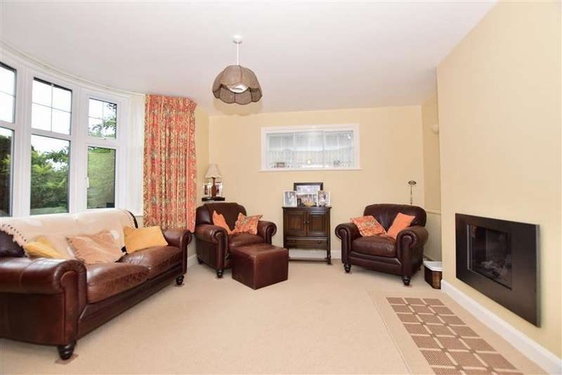 3 Bedrooms Detached House for sale in London Road, Faversham, Kent