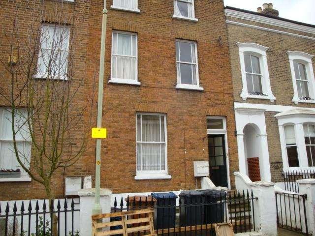 2 Bedrooms Flat for rent in Villiers Street, Hertford, Herts SG13