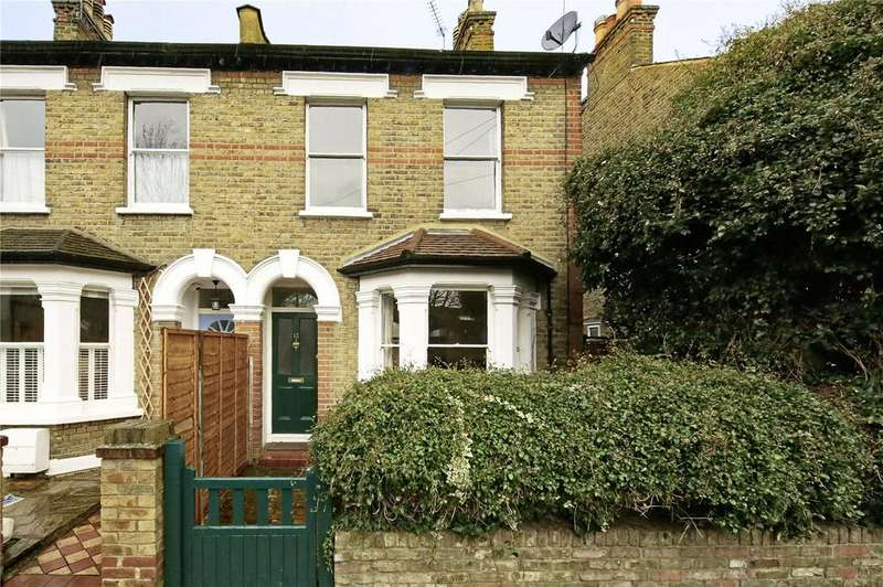 4 Bedrooms Terraced House for rent in Vicarage Road, Teddington, TW11