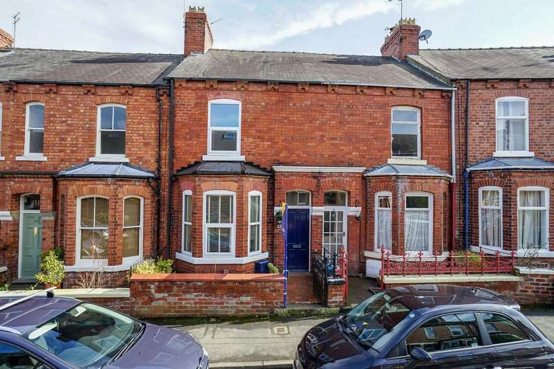 4 Bedrooms Terraced House for sale in Lindley Street, Holgate, YORK