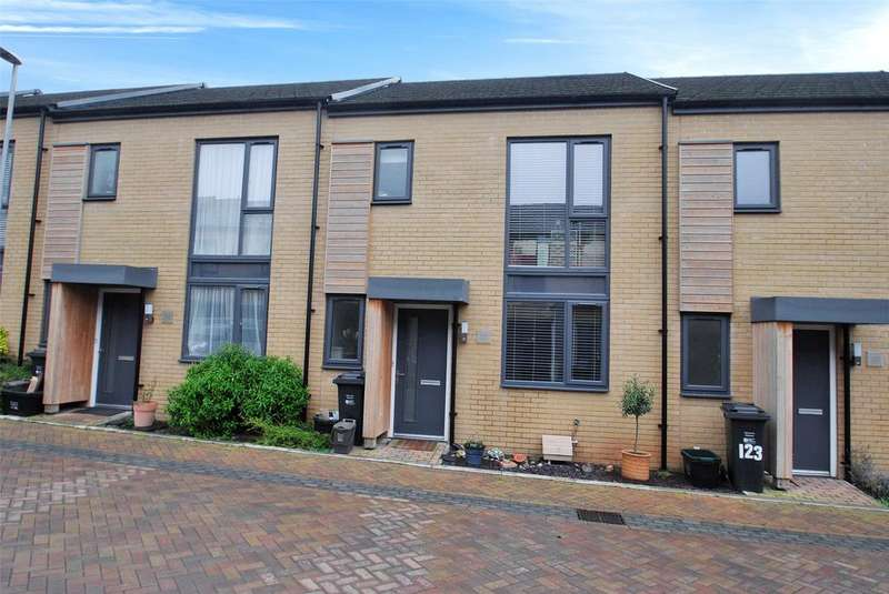 3 Bedrooms Terraced House for sale in Firepool View, Taunton