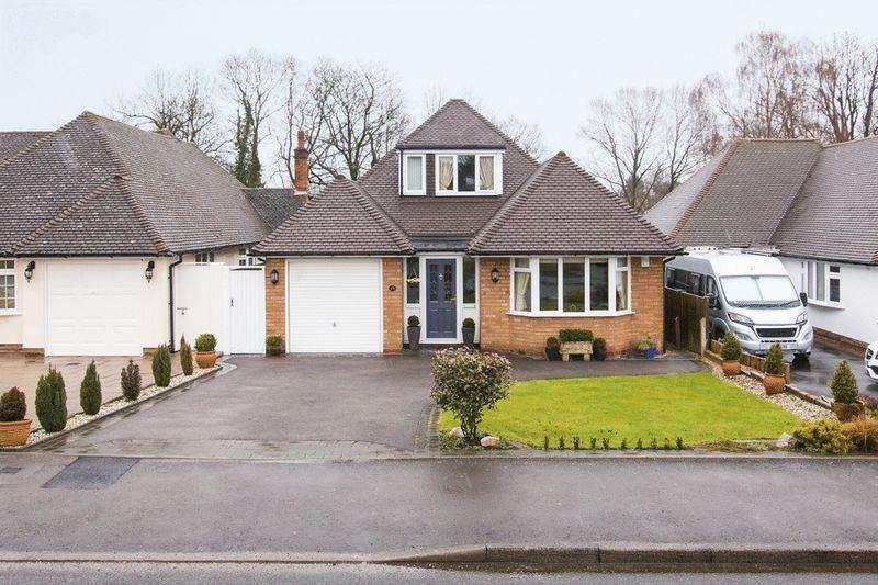 3 Bedrooms Detached Bungalow for sale in Irnham Road, Four Oaks, Sutton Coldfield