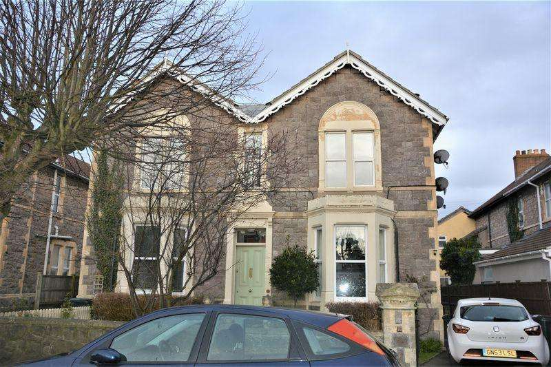 3 Bedrooms Apartment Flat for sale in Graham Road, Weston-Super-Mare