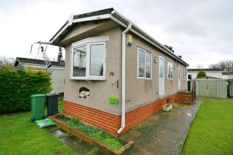 1 Bedroom Mobile Home for sale in Bonehurst Road , Horley