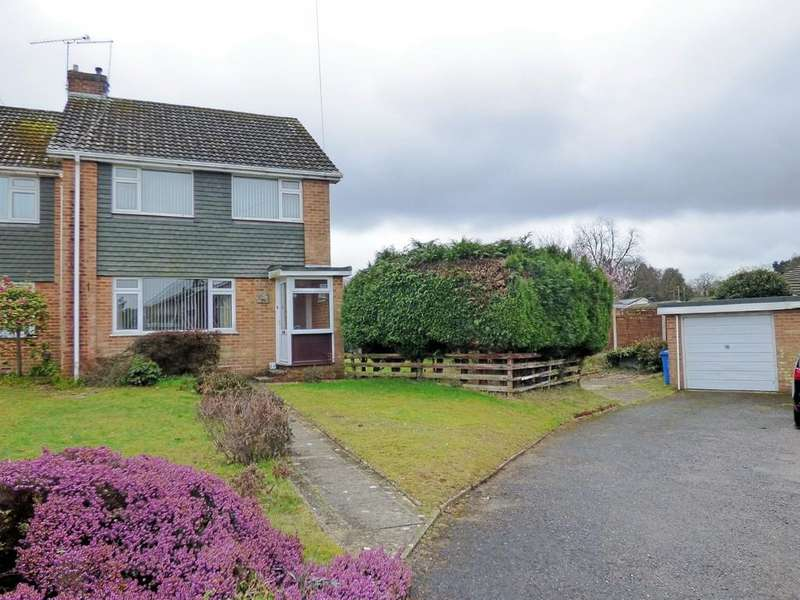 3 Bedrooms End Of Terrace House for sale in Fairview Drive, Broadstone