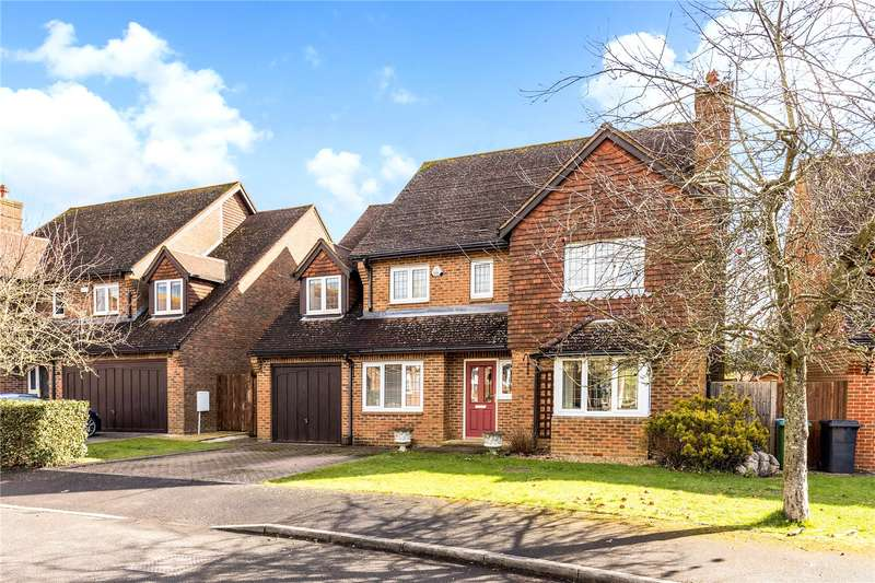 5 Bedrooms Detached House for sale in Hunters Mews, Fontwell, Arundel, West Sussex, BN18