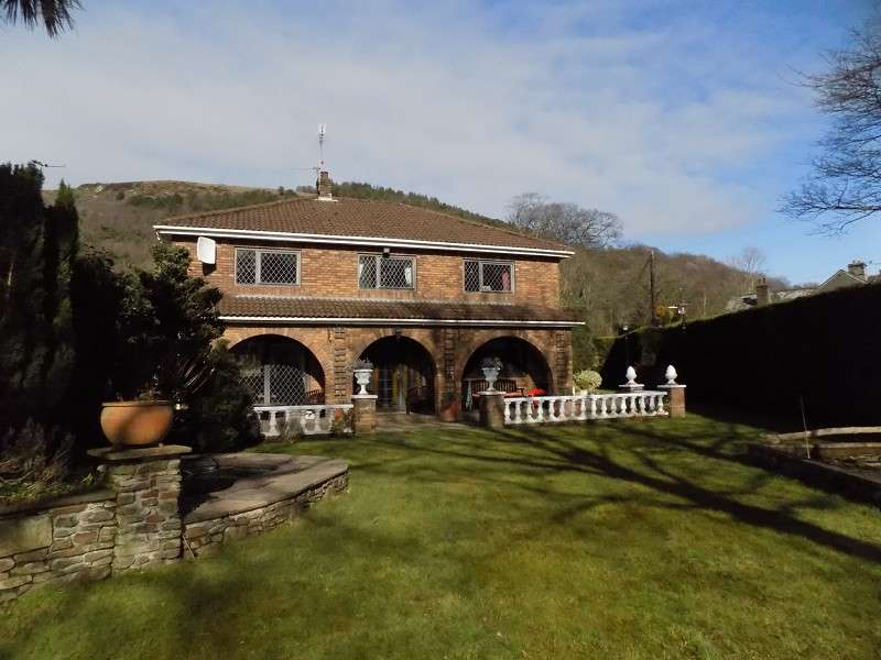4 Bedrooms Detached House for sale in Ten Acre Wood, Margam, Port Talbot, Neath Port Talbot. SA13 2SU