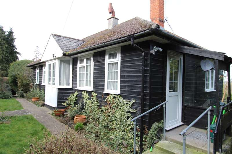 3 Bedrooms Detached Bungalow for rent in Beeleigh Road, Maldon