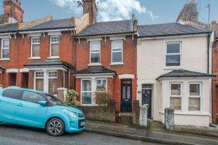 3 Bedrooms Terraced House for sale in Foord Street, Rochester, Kent, England