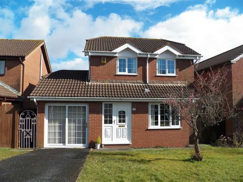 3 Bedrooms Detached House for sale in Heol Morlais, Llangennech, Llanelli