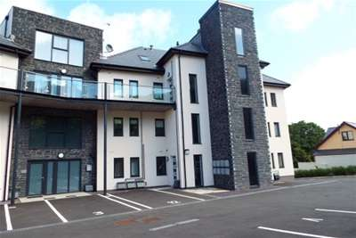 2 Bedrooms Flat for rent in Llys Marina- The Trearddur