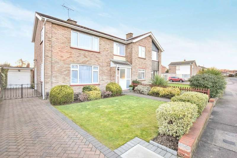 3 Bedrooms Semi Detached House for sale in St. Monance Way, Colchester, CO4 0PN