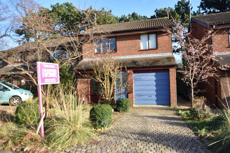 3 Bedrooms Detached House for sale in Milborne Close, Upton