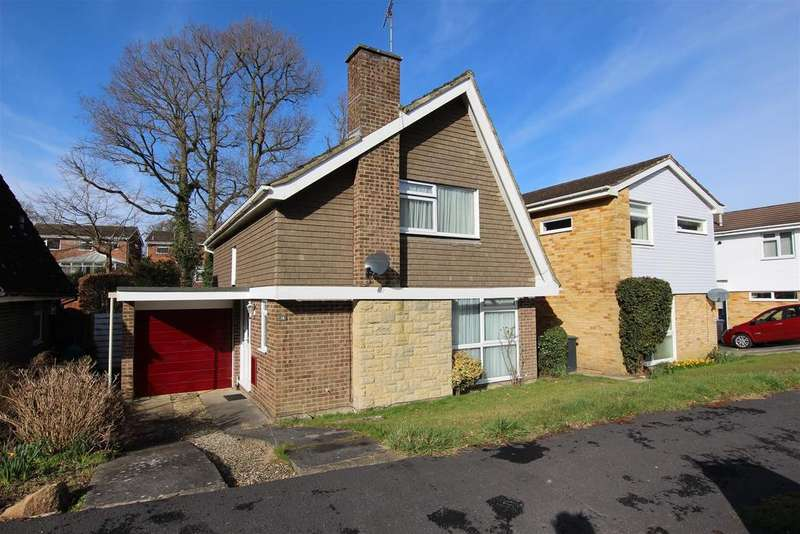 2 Bedrooms Detached House for sale in Hazel Grove, Burgess Hill