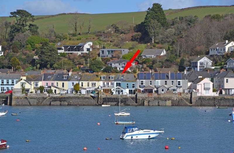 2 Bedrooms Terraced House for sale in Trefusis Road, Flushing, Nr. Falmouth, South Cornwall, TR11
