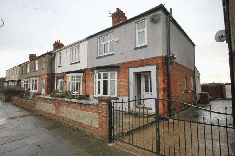 3 Bedrooms Semi Detached House for rent in SHERBURN STREET, CLEETHORPES