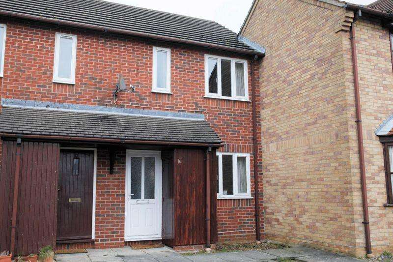 2 Bedrooms Terraced House for sale in Orchard Close, Bury St. Edmunds