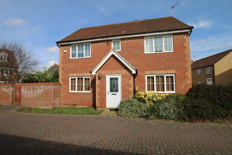 4 Bedrooms Detached House for sale in Saddlers Way, Chatteris